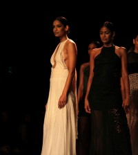 Virtues by Viral at Wills Lifestyle India Fashion Week SS14 - akkidokie (39)