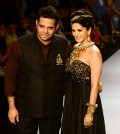 The Royal Tribe by Sumit Sawhney at India International Jewellery Week 2014 with Sunny Leone (20)