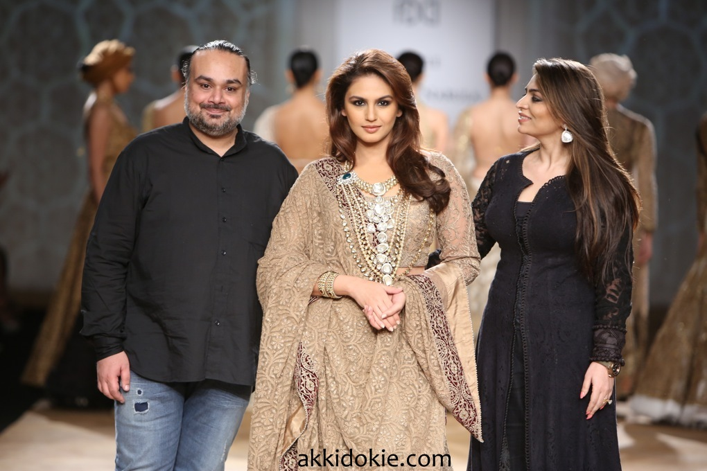Huma Quereshi at Rimple and Harpreet Narula at India Couture Week 2014