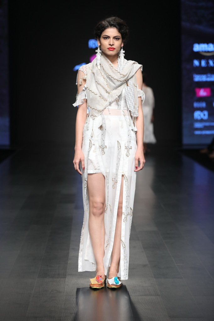 Anupama Dayal presents autum winter collection at FDCI AIFW AW 2018 (5)