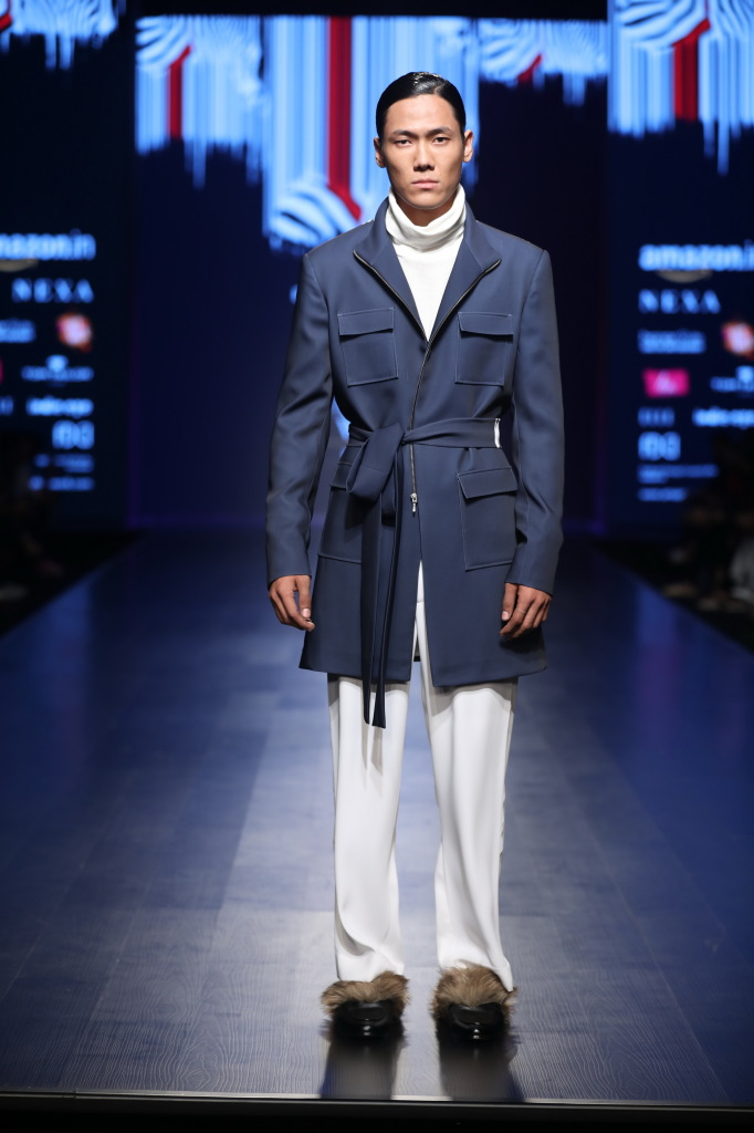 Collection of Pawan Sachdeva at FDCI AIFW AW 2018 (7)