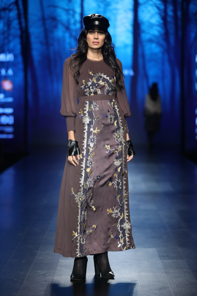 collection by Vineet Bahl at FDCI AIFW AW2018 (3)