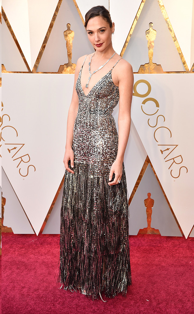 rs_634x1024-180304163846-634-2018-oscars-academy-awards-gal-gadot.ct.030418